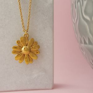 Yellow Gold Vermeil Large Daisy Pendant