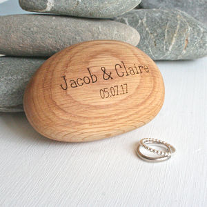 Pebble Shape Wooden Engraved Ring Box