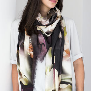 Deep Illusion Luxury Cashmere Ladies Scarf