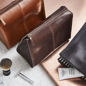 Leather Wash Bag Triangular