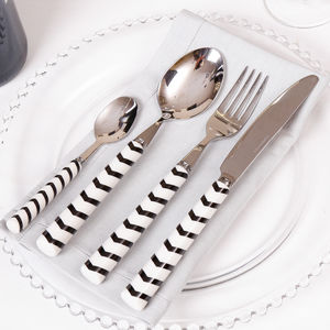 Contemporary Black And White Chevron Cutlery Set - dining room