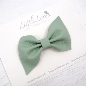 Little Love Leather Bow Hair Clip/ Mint