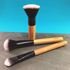 Professional Makeup Brush Set Freshly Flawless - make-up brushes