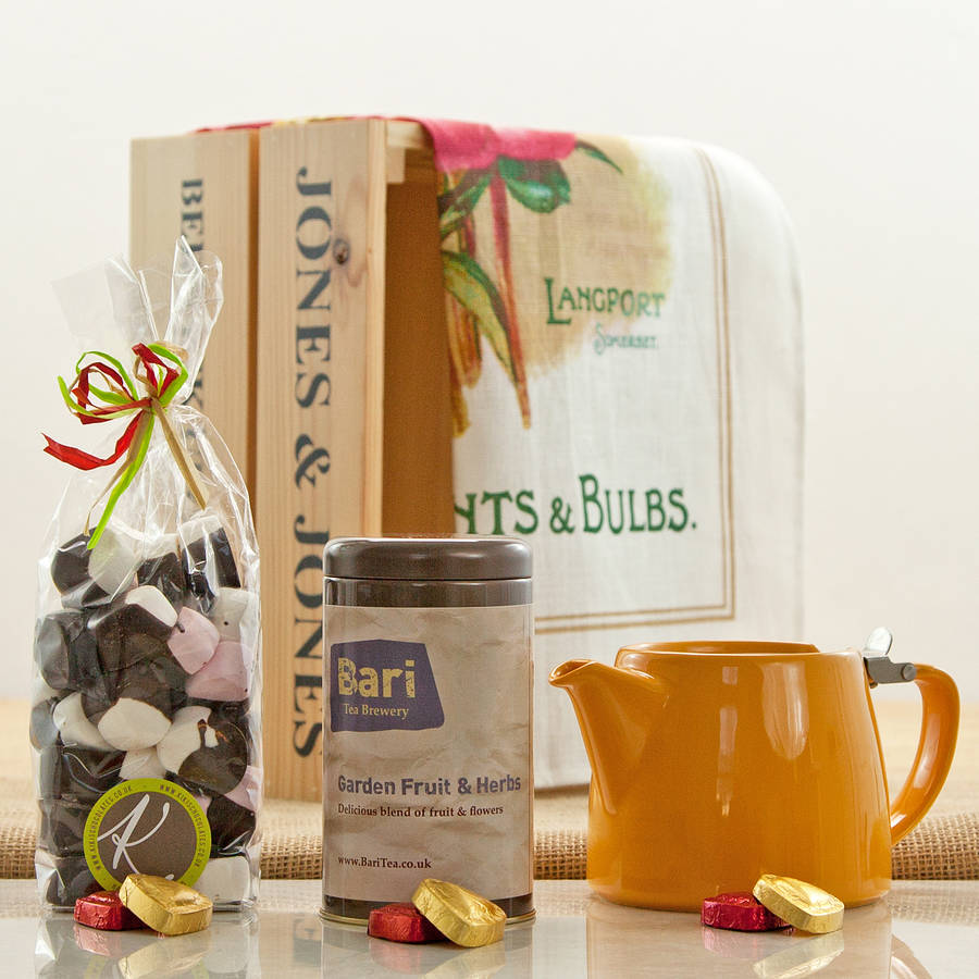 Garden Fruit And Herbs Tea Hamper Crate