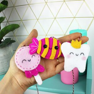 Candy Sweet Mini Bunting Craft Kit