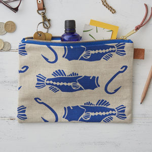 Bass And Hook Zipped Bag - make-up & wash bags