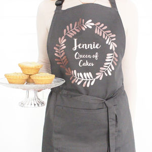 Personalised Wreath Apron - for grandmothers
