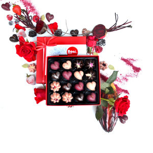 Nono Cocoa Hearts And Roses Vegan Chocolate Gift Box