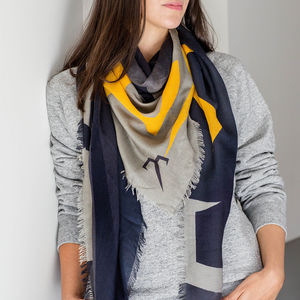 Timeless Luxury Cashmere Ladies Scarf - scarves