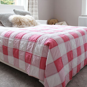Pink Gingham Bedspread Quilt - bedroom