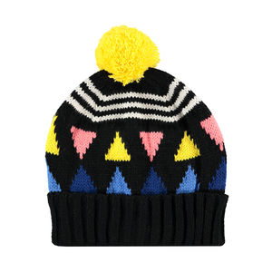 New Triangle Beanie Black