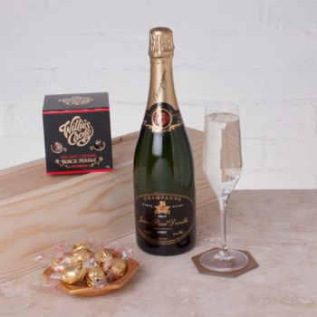 Champagne And Pearls Chocolates Gift Box