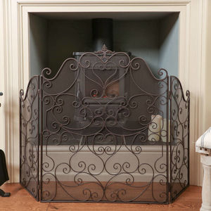 Country Manor Majestic Three Fold Iron Fire Guard - furniture