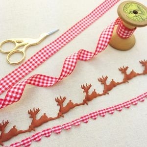 Reindeer And Plaid Ribbon Collection