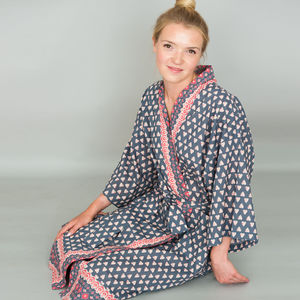 Kimono Dressing Gown In Grey Heart Print - women's fashion
