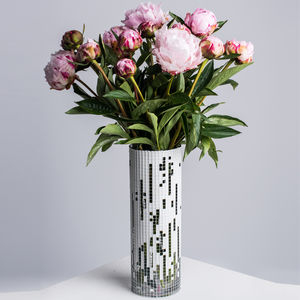 Statement Vase - tableware