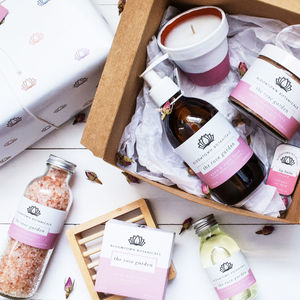 Ultimate Eco Luxury Pamper Gift For Her - gifts for her