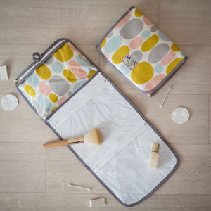 Retro Oilcloth Sorbet Gift Hanging Toiletry Wash Bag