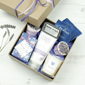 Ultimate Lavender Natural Gift Set - bathroom