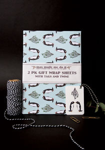 Kissing Penguin Christmas Gift Wrapping Pack