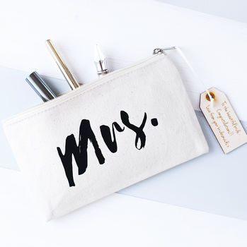'Mrs' Bridal Makeup Bag