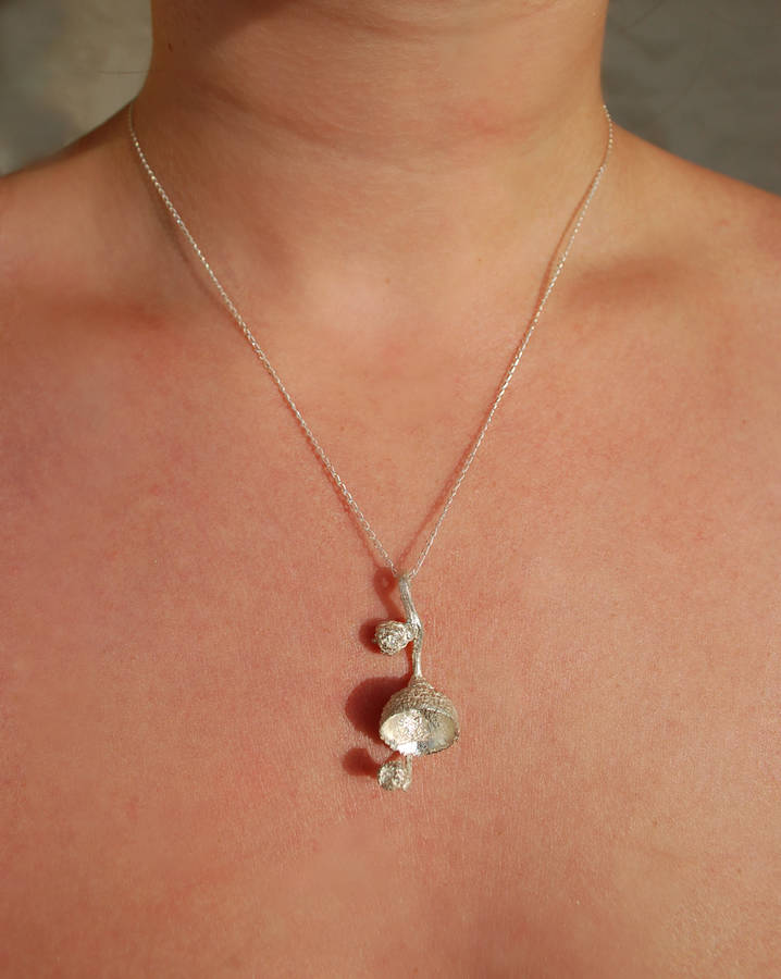 Acorn Cup Necklace In Sterling Silver
