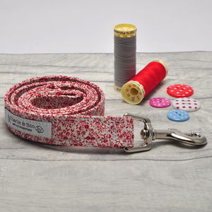 Red And White Floral Ditsy Print Dog Lead - dogs