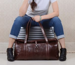 Eazo Business Extendable Leather Holdall Bag
