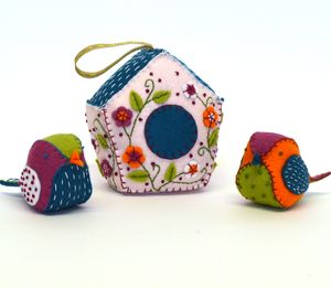 Birdhouse And Birds Felt Craft Kit