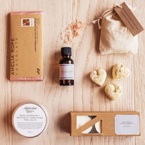 'The Pamper Box' Letterbox Gift Set - gift sets