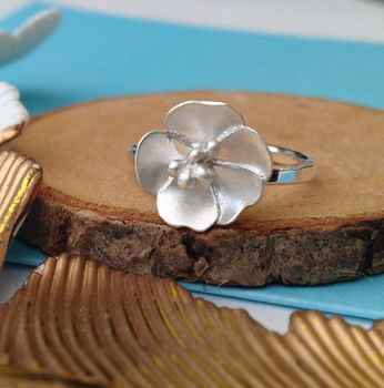 Rosa Primula Flower Ring