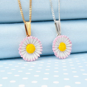 Lawn Daisy Pendant Necklace - necklaces & pendants