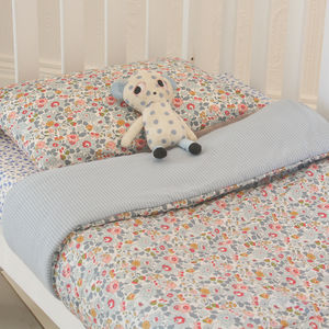 Liberty Print Quilt Betsy - new in baby & child