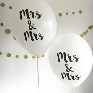 Mrs And Mrs Balloons - room decorations
