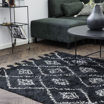 Tufted Cotton Diamond Berber Rug