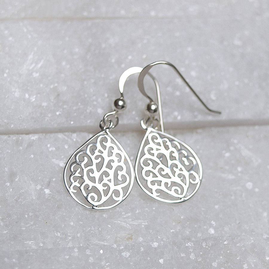 silver earrings filigree products