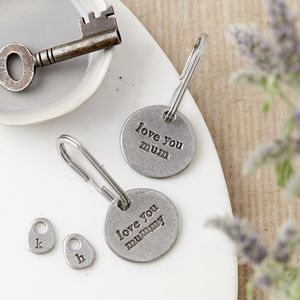 'Love You Mum/Mummy' Keyring - gifts for new parents