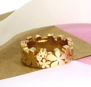 Rose Gold Daisy Ring - rings