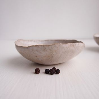 Handmade Oatmeal Gloss White Salt Pepper/Condiment Dish