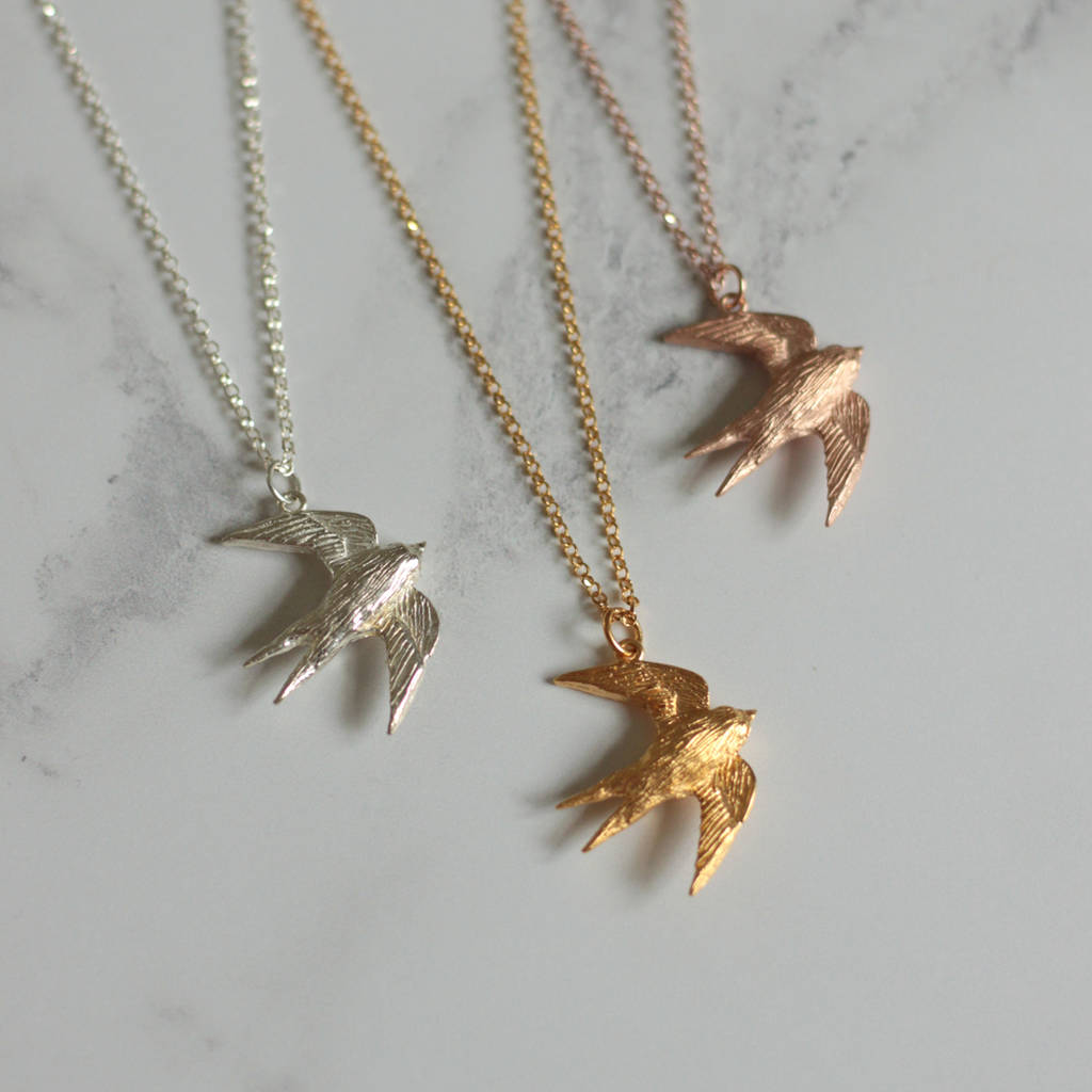 heart love swallow bird product thumbnail necklace
