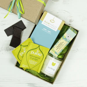 Uplifting Natural Gift Set - bathroom