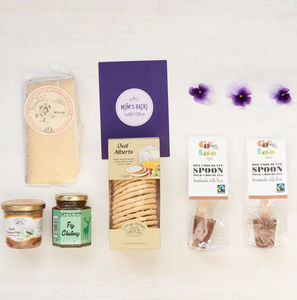 Teetotal New Mum Gift Box