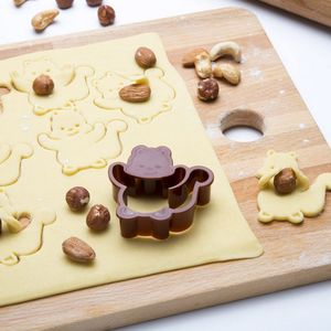 Squirrel Cookie Cutter - kitchen