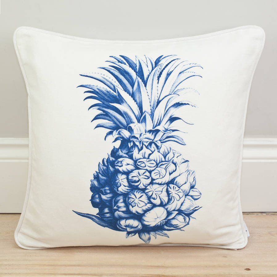 Pineapple Print Motif Cushion