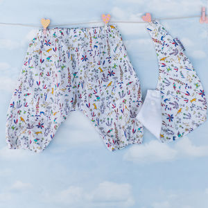 Gift Set Bib And Bloomers Set Liberty Theo Design - clothing