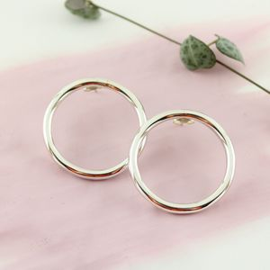 Modern Silver Handmade 'Luna' Circle Stud Earrings
