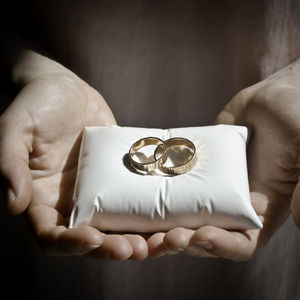 Porcelain Wedding Ring Pillow