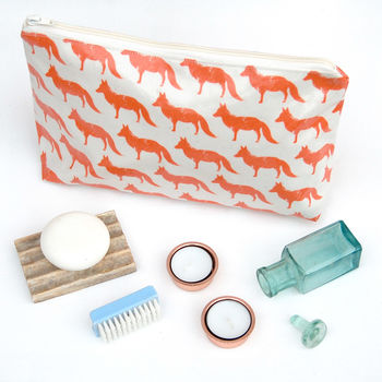 Fox Oil Cloth Wash Bags