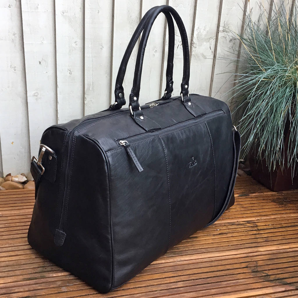 5b9d0337a626 luxury large buffalo leather holdall