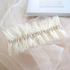 Elizabeth Eyelash Lace Wedding Garter